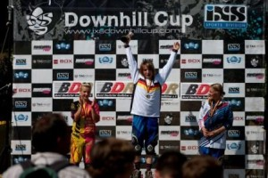 Siegerehrung der Elite-Frauen in Rittershausen. Quelle: iXS Downhill Cup