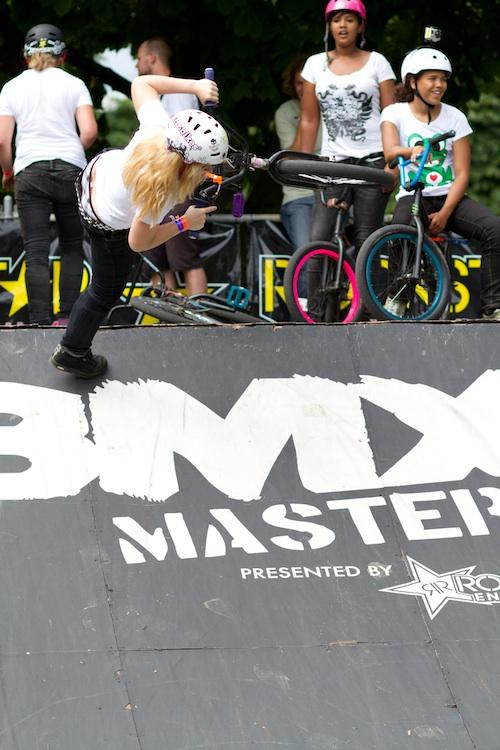 Vanessa Gerner hält in Schweinfurt die Flagge des Girls-BMX hoch. Der Start bei den BMX Masters in Köln ist für die 23-Jährige natürlich Pflicht. Im XsportSisters-Interview verriet sie mehr von sich.