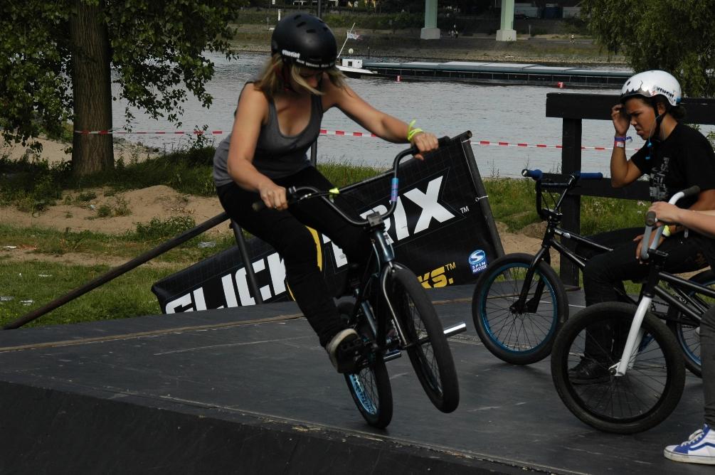 Bei den BMX Masters in Köln festigte Rebecca Berg mit Platz fünf ihren Ruf als beste deutsche BMX-Fahrerin und hat jetzt in den USA die Szene erkundet.