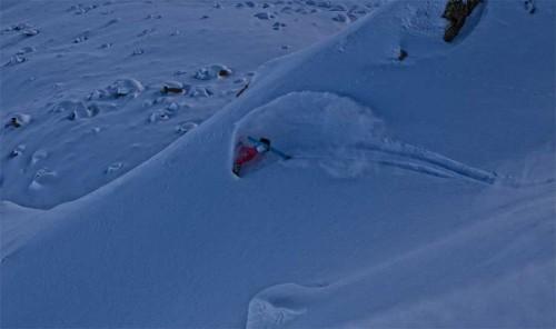 Aline Bock liebt die Freiheit - im Schnee. Foto: Daniel Zangerl
