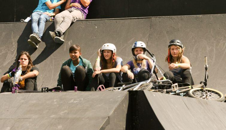 Girls at BMX Masters 2011 by Chris Schule // schollefoto.de