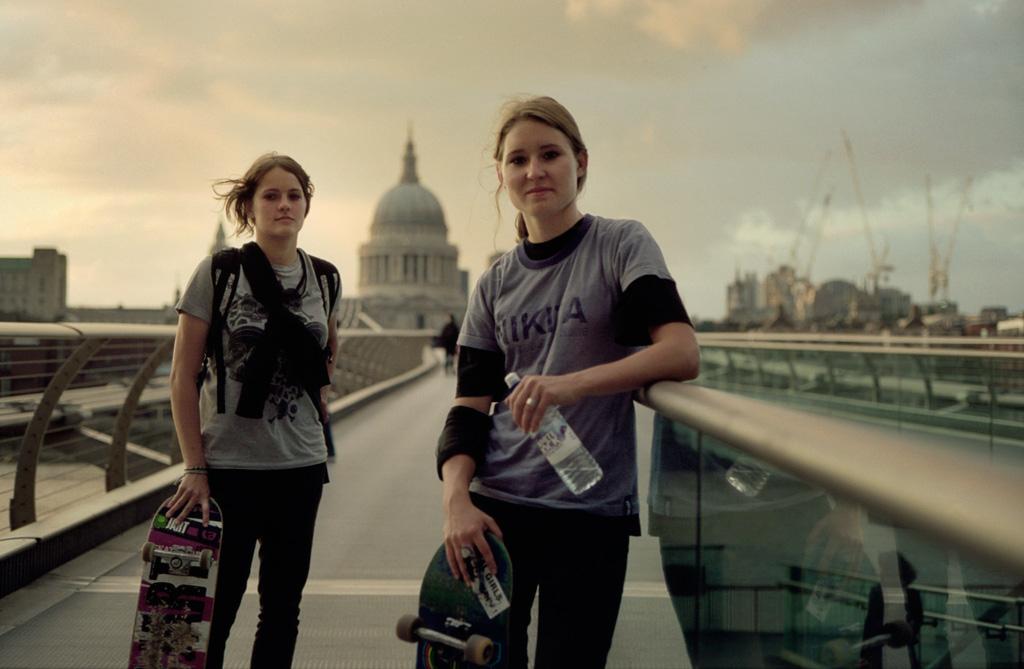 Photographer: Jenna Selby; skater girls: Klara Kasparova & Caroline Dynibil
